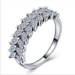 New Luxury Leaf Cut 925 Silver Women Diamond Ring